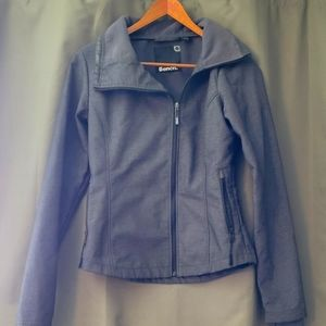 Bench jacket with thumbholes